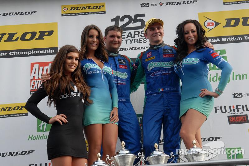 Airwaves Racing op het podium