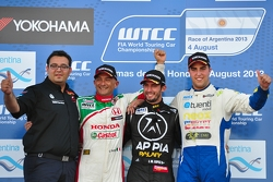 Jose Maria Lopez, BMW 320 TC, Wiechers-Sport race winner