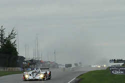 Big lead after one lap #6 Muscle Milk Pickett Racing HPD ARX-03a Honda: Lucas Luhr, Klaus Graf