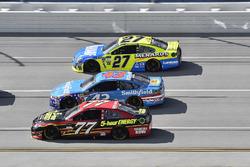 Erik Jones, Furniture Row Racing Toyota, Aric Almirola, Richard Petty Motorsports Ford, Paul Menard, Richard Childress Racing Chevrolet