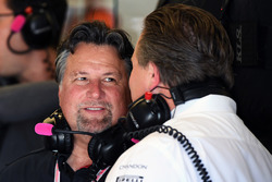 Michael Andretti, Zak Brown, McLaren Executive Director