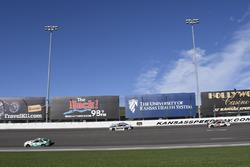 Кейси Кейн, Hendrick Motorsports Chevrolet, Дейл Эрнхардт-мл., Hendrick Motorsports Chevrolet и Райан Ньюман, Richard Childress Racing Chevrolet