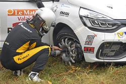 Aurélien Devanthéry, Michael Volluz, Renault R3T, DMAX Swiss, Radwechsel SP4 Casernes Sion