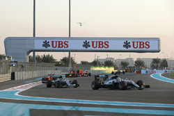 Lewis Hamilton, Mercedes F1 W07 Hybrid, leads Nico Rosberg, Mercedes F1 W07 Hybrid, and Kimi Raikkonen, Ferrari SF16-H