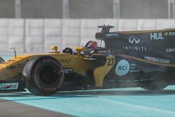 Nico Hulkenberg, Renault Sport F1 Team RS17 en tête-à-queue
