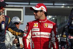 Jaime Alguersuari, Toro Rosso STR5 Ferrari, et Felipe Massa, Ferrari F10