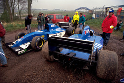 (L to R): The twin Ligier JS39s of Martin Brundle, and Mark Blundell, who span out of the race on laps 8 and 21 respectively