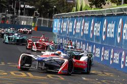 Феликс Розенквист, Mahindra Racing, Митч Эванс, Jaguar Racing, и Жером д'Амброзио, Dragon Racing