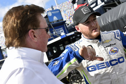 Ty Dillon, Germain Racing Chevrolet Camaro, mit Richard Childress