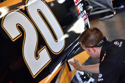Механик Эрика Джонса, Joe Gibbs Racing Toyota