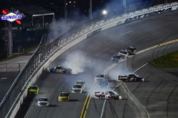 Bryan Dauzat, FDNY Racing, FDNY / American Genomics Chevrolet Silverado, Korbin Forrister, All Out Motorsports, Tru Clear Global Toyota Tundra, and Clay Greenfield, Clay Greenfield, AMVETS Please Stand Motorsports Chevrolet Silverado crash