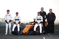 Stoffel Vandoorne, Fernando Alonso, Lando Norris, Eric Boullier, Zak Brown, McLaren
