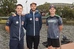 Гонщики Triple Eight Race Engineering Holden Джейми Уинкап, Крейг Лаундес и Шейн ван Гисберген