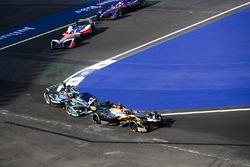 Андре Лоттерер, Techeetah, Митч Эванс, Jaguar Racing, Ник Хайдфельд, Mahindra Racing, и Алекс Линн, DS Virgin Racing