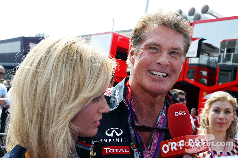 David Hasselhoff, Actor with girlfriend Hayley Roberts