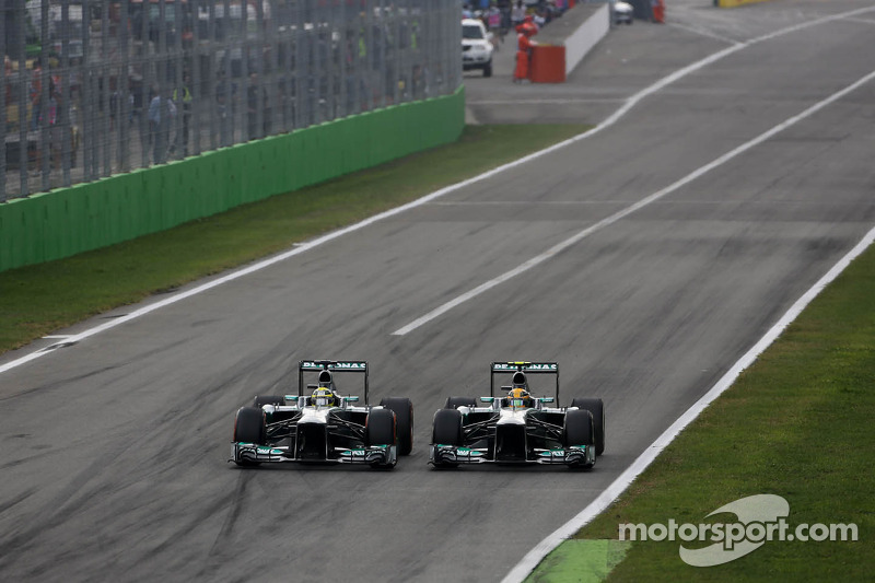 Nico Rosberg, Mercedes GP and Lewis Hamilton, Mercedes Grand Prix