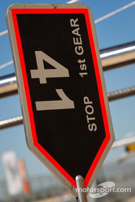 placa de pit for #41 Greaves Motorsport Zytek Z11SN - Nissan