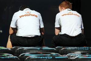 McLaren mechanics with Pirelli tyres