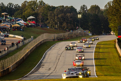 #91 SRT Motorsports SRT Viper GTS-R: Dominik Farnbacher, Marc Goossens, Ryan Dalziel leads a group of cars