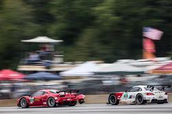 #62 Risi Competizione Ferrari F458 Italia: Olivier Beretta, Matteo Malucelli, Robin Liddell, #56 BMW Team RLL BMW Z4 GTE: Dirk Müller, John Edwards, Bill Auberlen