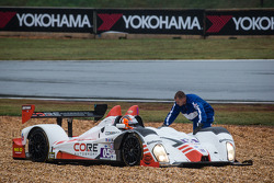 #05 CORE autosport Oreca FLM09 Oreca: Jonathan Bennett, Tom Kimber-Smith, Mark Wilkins spins off the track