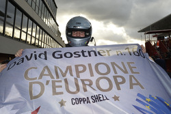David Gostner celebrates his Europe Coppa Shell title