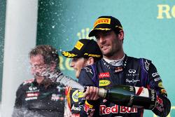 Podio: tercer lugar Mark Webber, Red Bull Racing