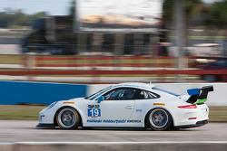 #19 Muehlner Motorsports America Porsche GT America