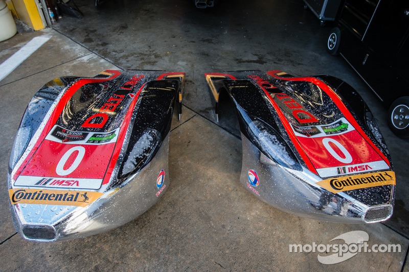 #0 DeltaWing Racing Cars DeltaWing DWC13 Elan: cones frontais