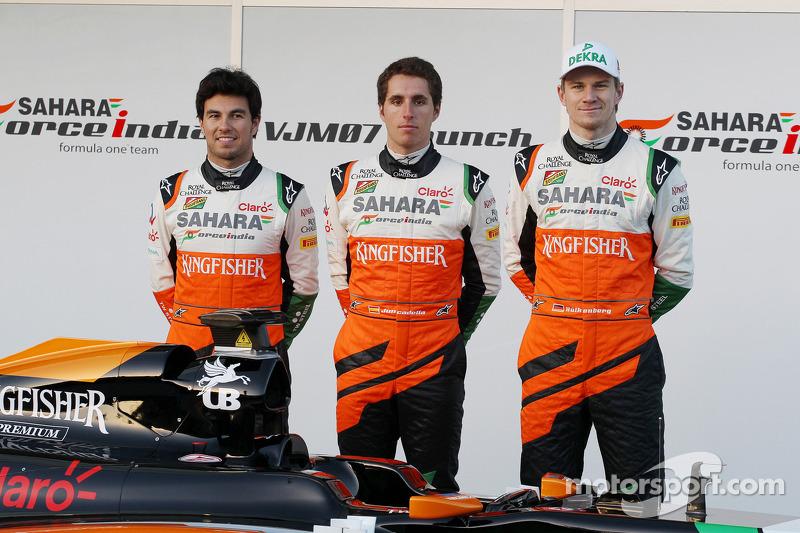 (L to R): Sergio Perez, Sahara Force India F1, Daniel Juncadella, Sahara Force India F1 Team Test and Reserve Driver, and Nico Hulkenberg, Sahara Force India F1 at the launch of the new Sahara Force India F1 VJM07