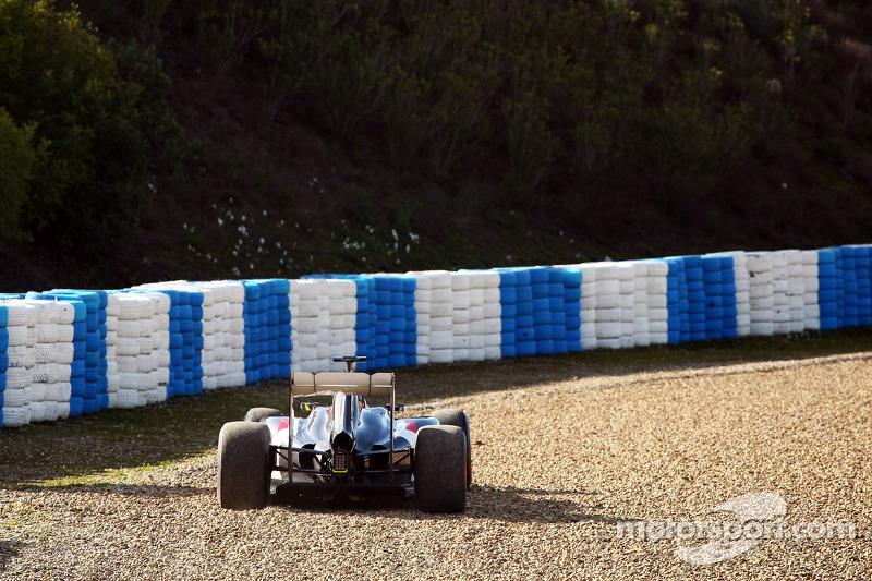 Sergio Perez, Sahara Force India F1 VJM07, si ferma nella ghiaia
