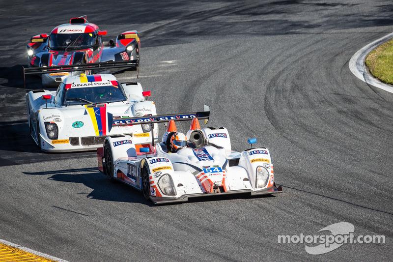 #54 CORE autosport ORECA FLM09: 琼·本内特, 科林·布朗, 马克·威尔金斯, 詹姆斯·盖
