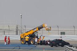 Adrian Sutil, Sauber C33 ana düzlüğün sonunda duruyor