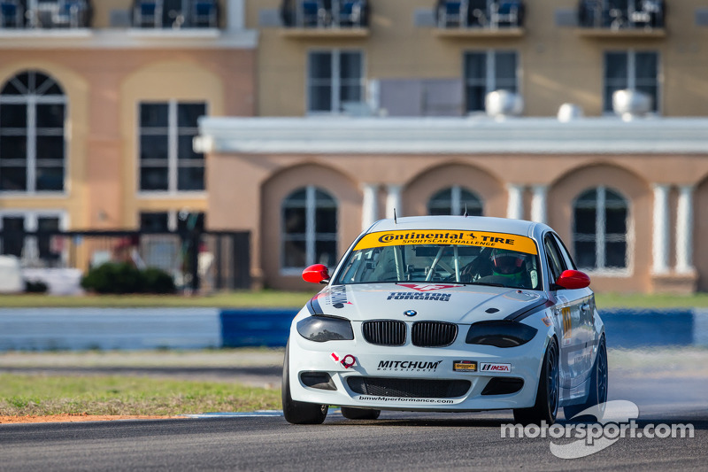 #11 Mitchum Motorsports 宝马 128i