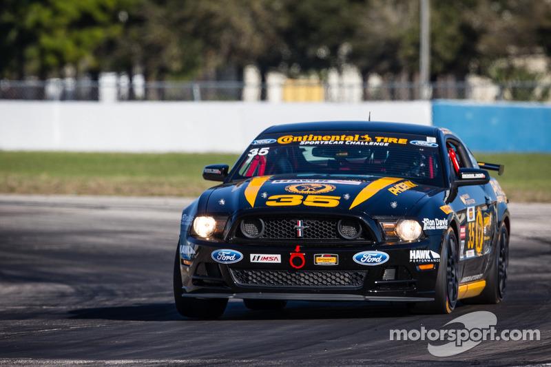 #35 Phoenix American Motorsports 野马 Boss 302 R: 普雷斯顿·卡尔弗特, 约翰·亚罗兹