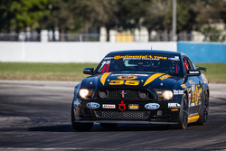 #35 Phoenix Amerikan Motorsports Mustang Boss 302 R: Preston Calvert, John Yarosz
