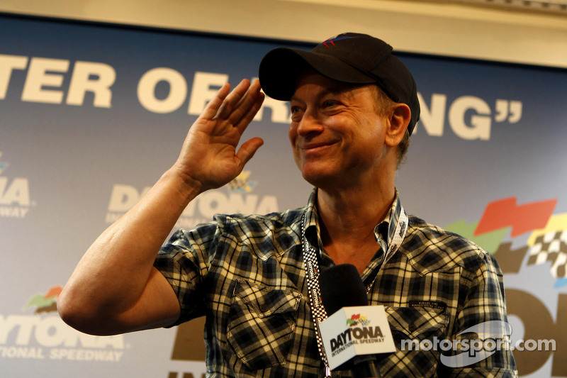 L' Attore Gary Sinise starter d'onore