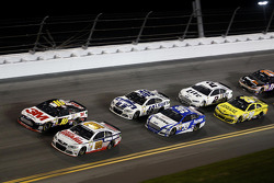 Dale Earnhardt Jr., Hendrick Motorsports Chevrolet, Greg Biffle, Roush Fenway Racing Ford, Carl Edwards, Roush Fenway Racing Ford, Jimmie Johnson, Hendrick Motorsports Chevrolet