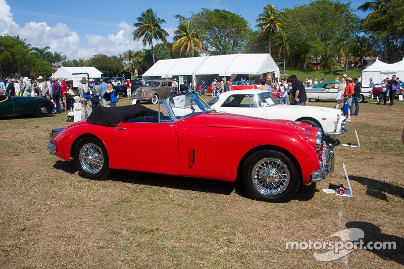 1960 Jaguar XK 150 DHC