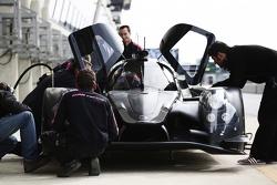 Alex Brundle teste la Ligier JSP2