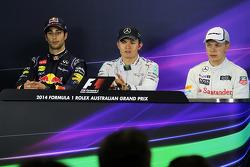 FIA-Pressekonferenz: 2. Daniel Riciardo, Red Bull Racing, 1. Nico Rosberg, Mercedes AMG F13. Kevin Magnussen, McLaren