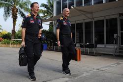 (Soldan Sağa): Christian Horner, Red Bull Racing Takım Patronu ve Adrian Newey, Red Bull Racing Baş Teknik Sorumlusu