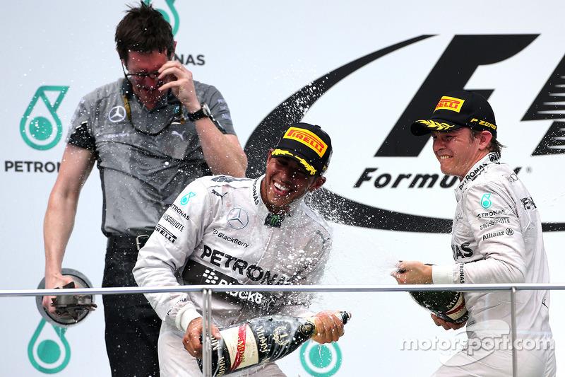 Lewis Hamilton (GBR), Mercedes AMG F1 Team; Nico Rosberg (GER), Mercedes AMG F1 Team