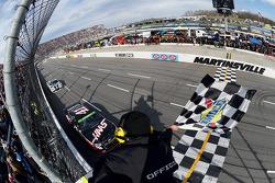 Kurt Busch, Stewart-Hass Racing Chevrolet