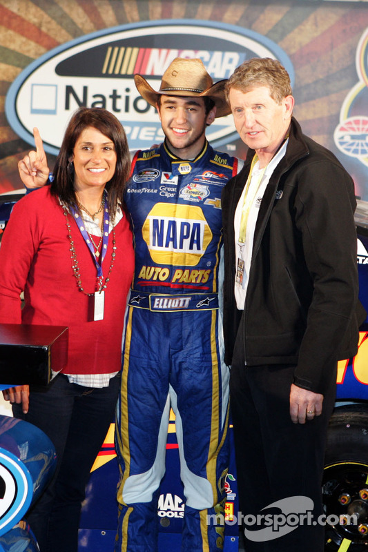 Chase Elliott and his parents, Mr. and Mrs. Bill Elliott