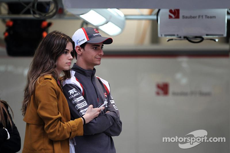 Esteban Gutierrez, Sauber F1 Team and his girlfriend Paula Ruiz (MEX)