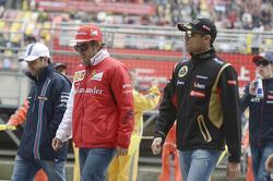 Felipe Massa, Williams; Fernando Alonso, Ferrari; Pastor Maldonado, Lotus F1 Team
