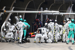 Mercedes AMG F1 make a pit stop