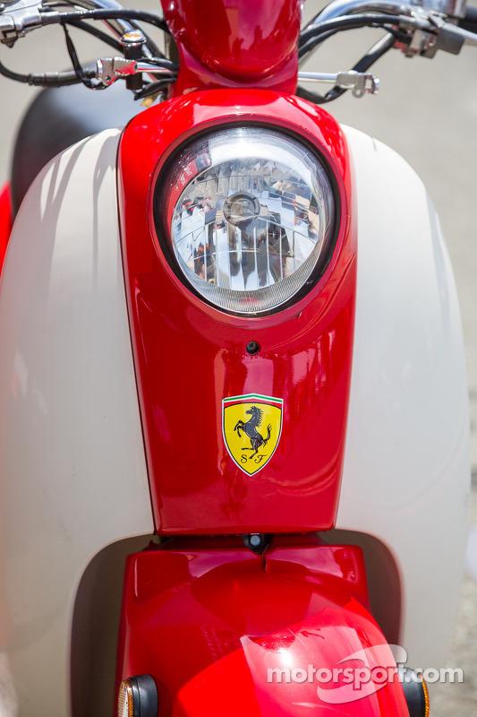 Ferrari Vespa