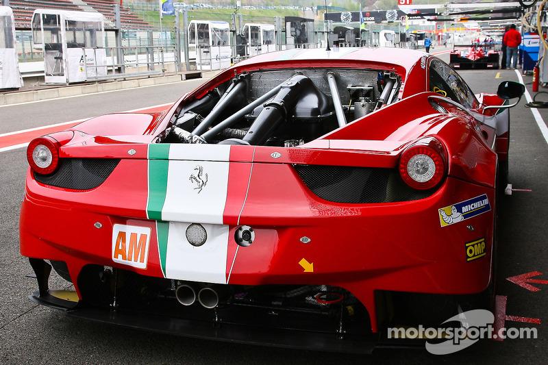 #61 AF Corse 法拉利 458 Italia: 路易斯·佩雷兹·孔潘克, 马尔科·乔奇, 米尔科·文图里